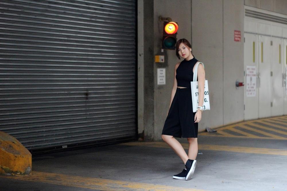 acne studios tote fashion blog