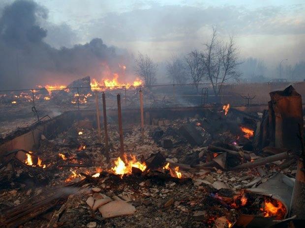 slave-lake-fire-1.jpg