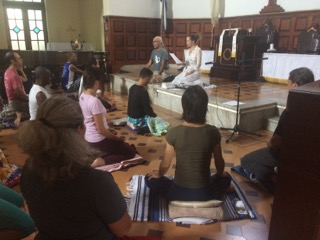 Vipassana meditation retreat in a church in Habana, 2017