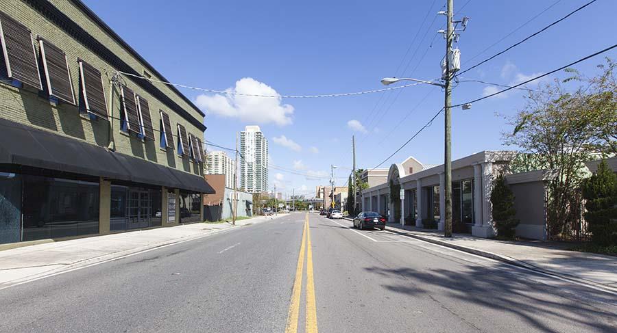 ELM-kings-avenue-jacksonville-downtown-san-marco-creative-corridor-block-party-burdette-ketchum-linda-cunningham-2.jpg