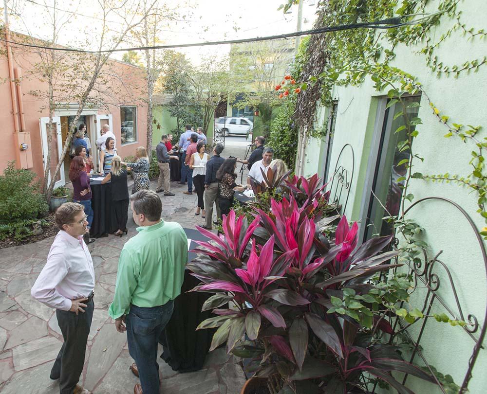 ELM-KingsAve-Kings-avenue-block-party-9.jpg