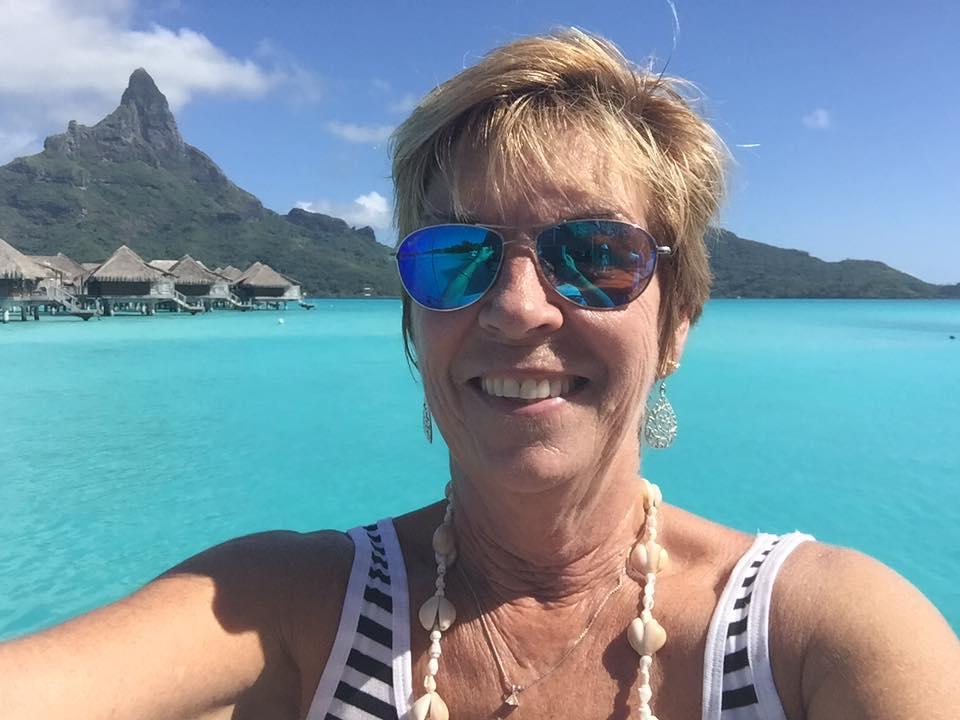 TINA IN TAHITI.jpg