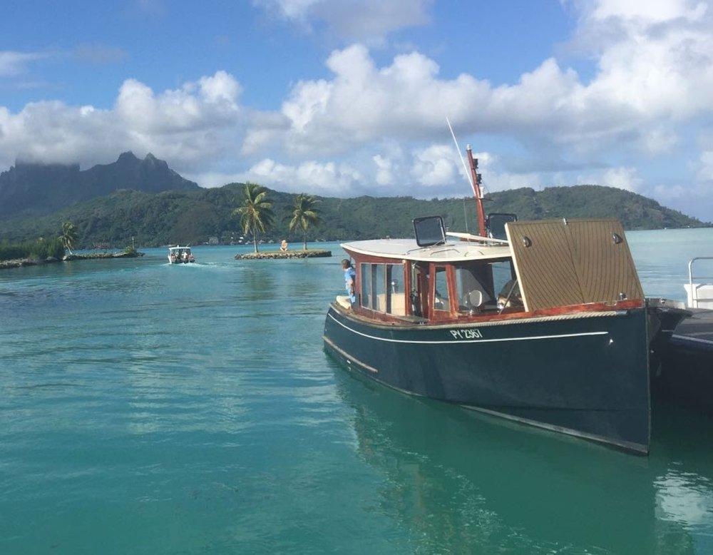Bora Bora boat.jpg
