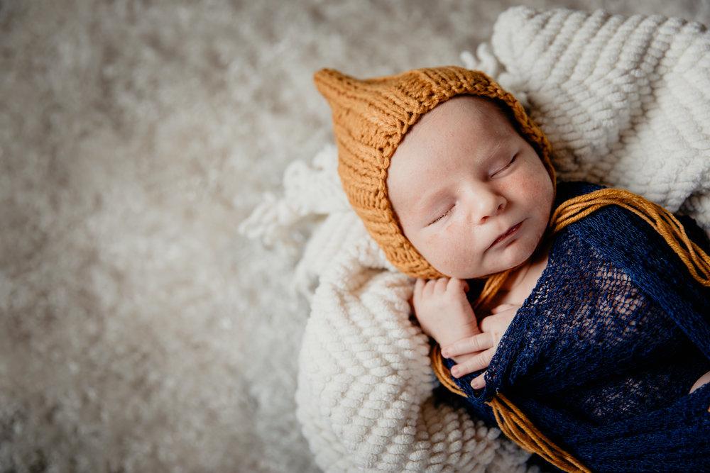 Kamber_Newborn-199.jpg