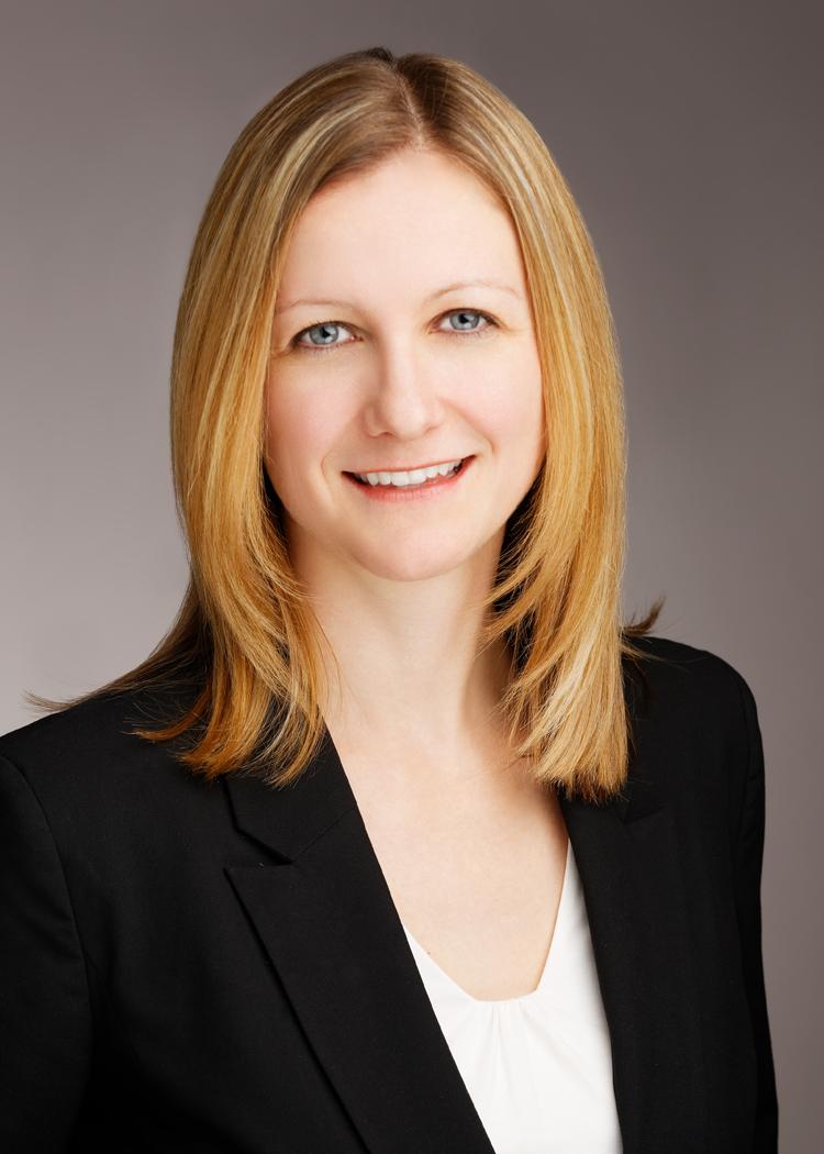 Claudia Krispel Headshot