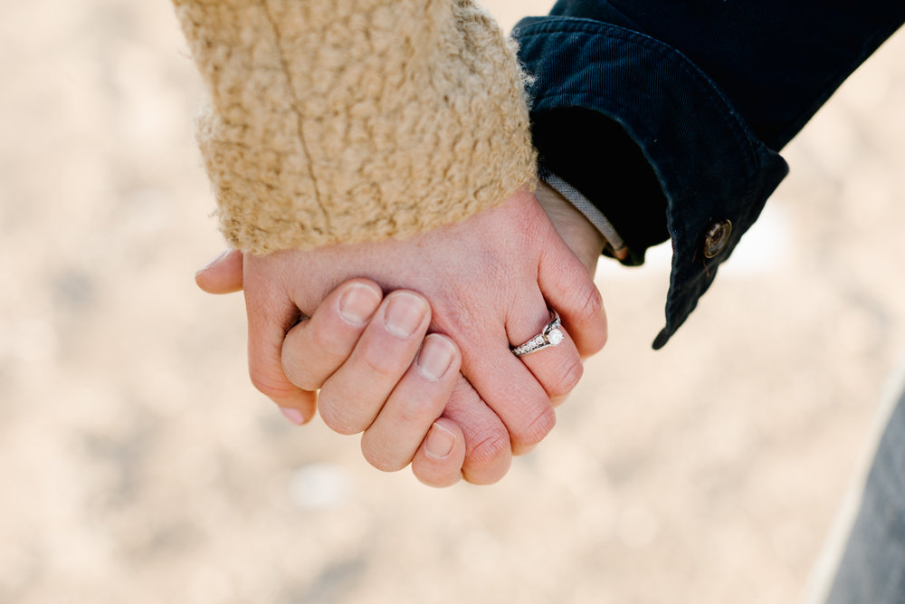 fiance-couple-detail-ring