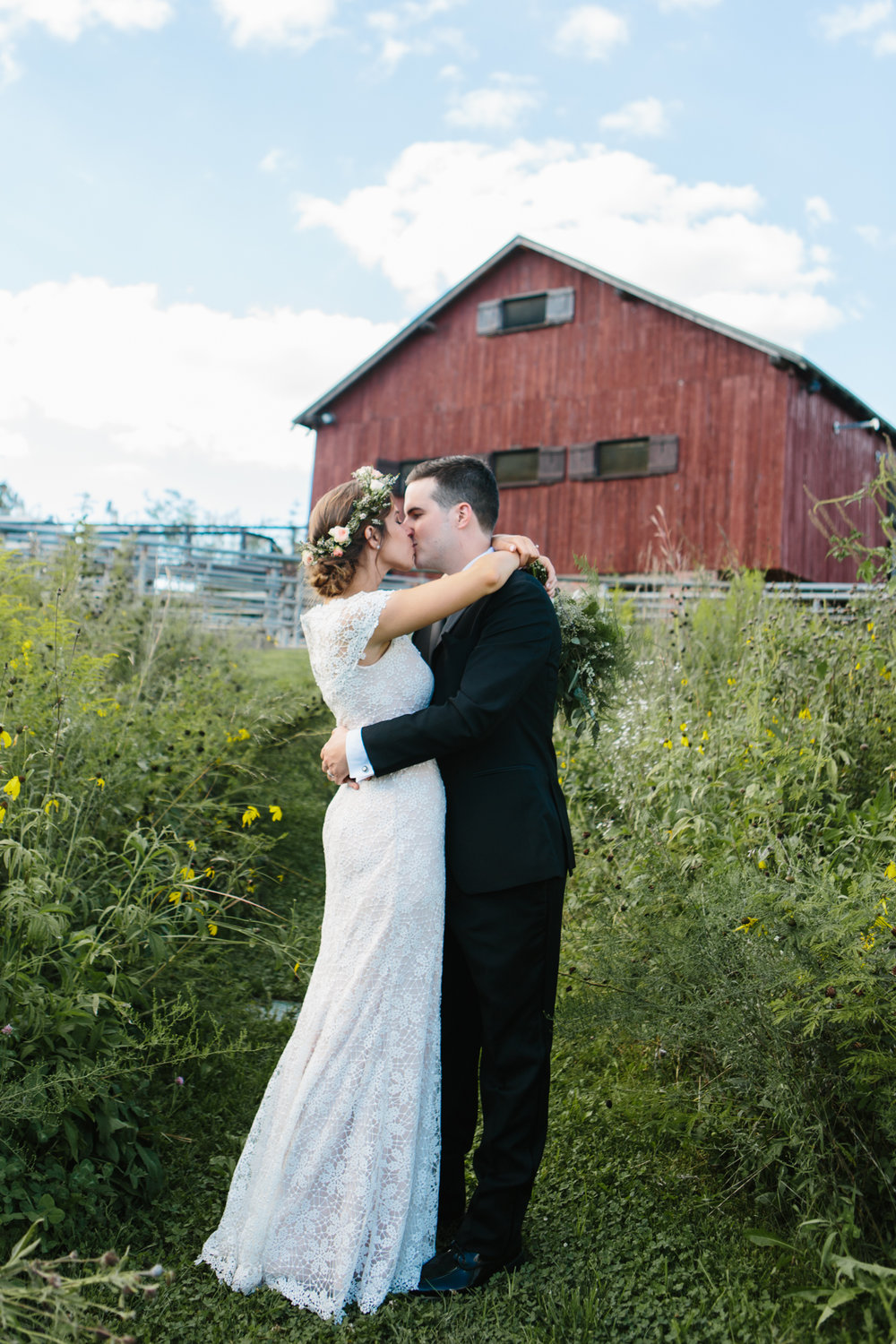 Photography from Lidia and Bryan's wedding at Trader's Point Creamery in Indianapolis, Indiana.