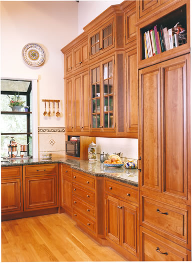 This kitchens cabinetry gives it an elegant and refined appeal.