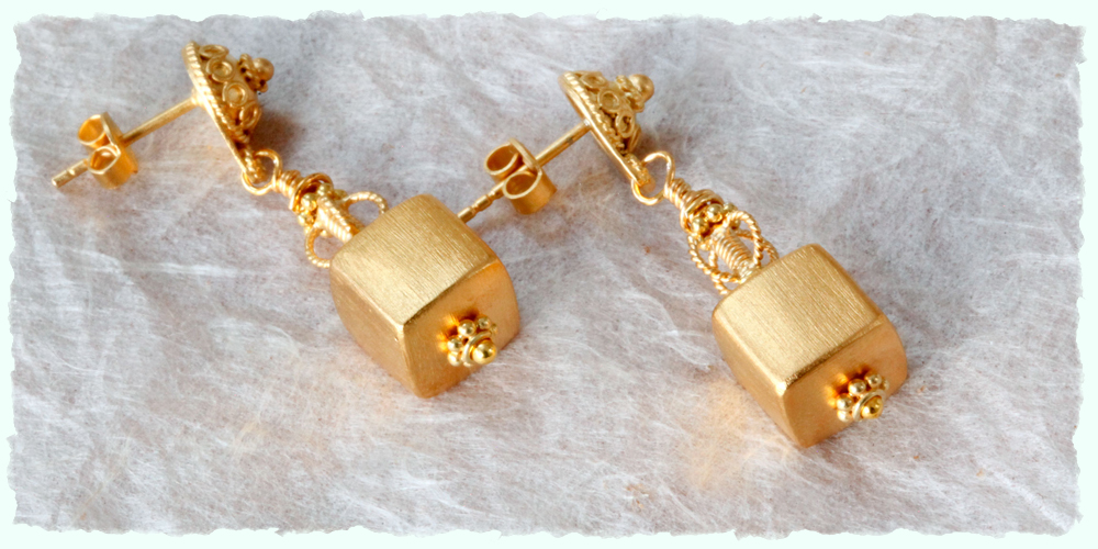 Vermeil cube stud earrings