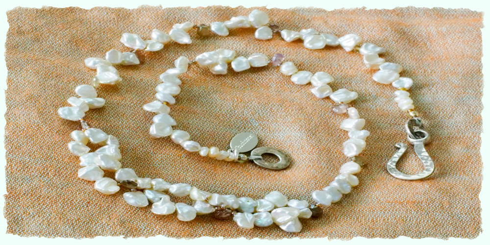 home deckle 3C.dainty white pearls.jpg