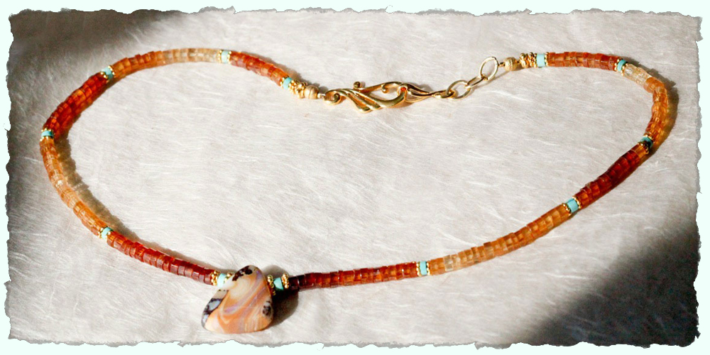 home3D garnets & opal. deckle.jpg