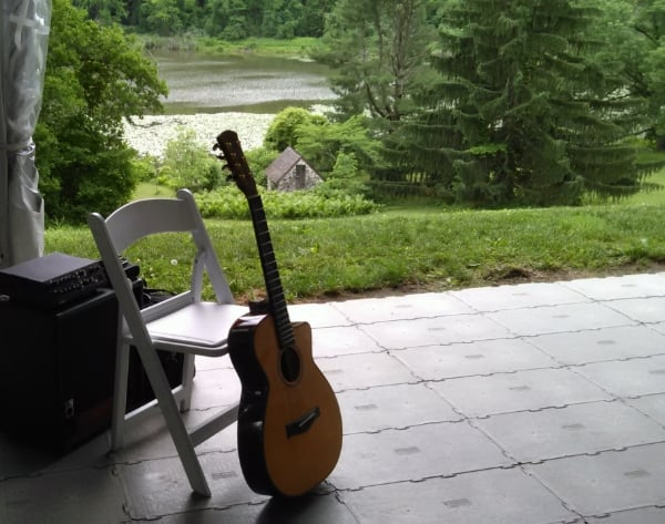 acoustic-guitar-wedding-ceremony-music