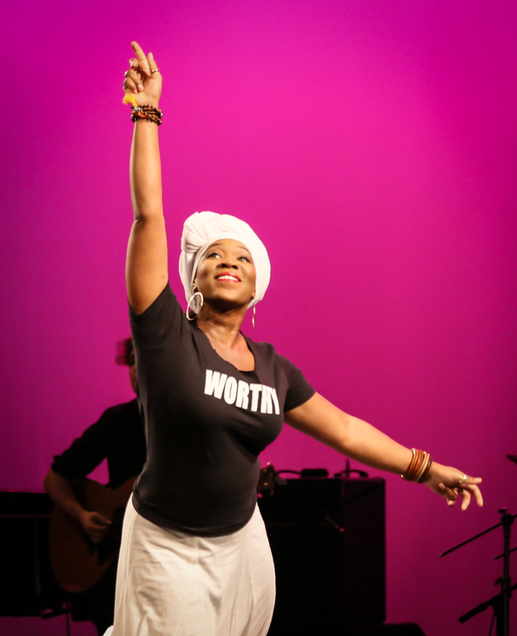 INDIA ARIE  Photo Credit: Lee Wexler