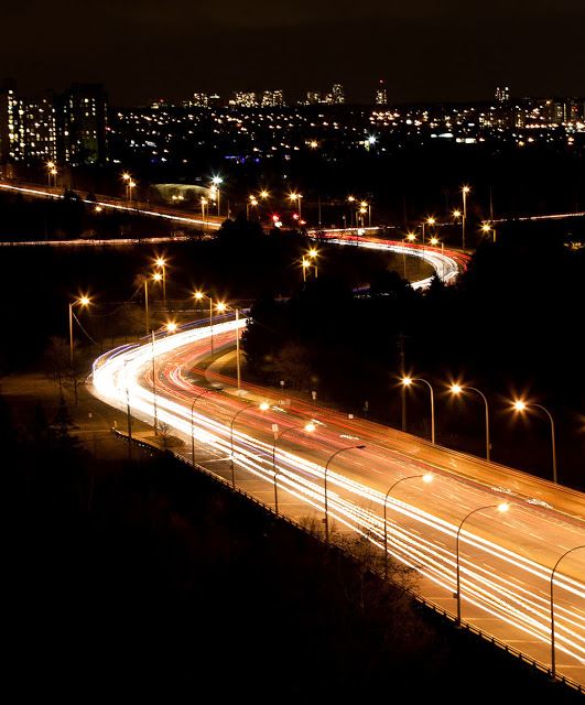 Eglinton streaks of light as seen from the west end