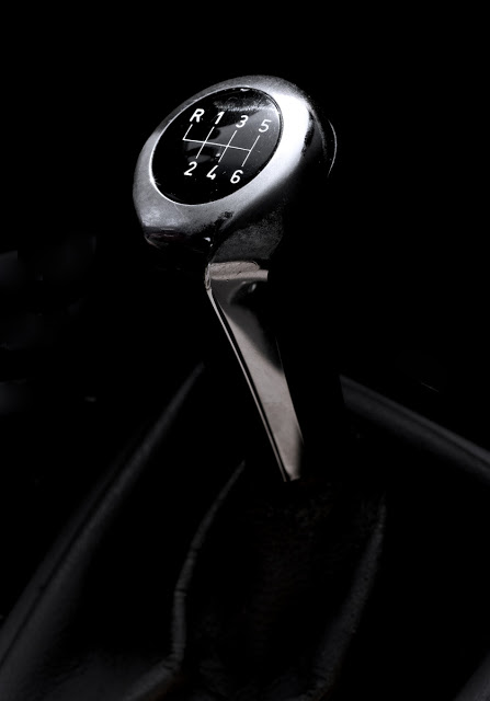 A BMW shifter in a 328i