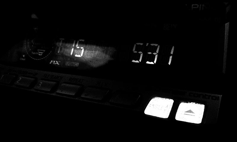 531 iPhone 4 shot of a audio deck in a car