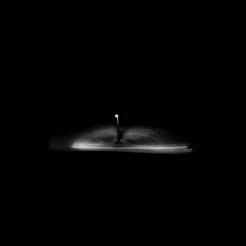 Single Light Illuminating Pathway