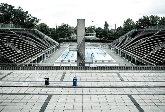 The Olympiastadium swimming pool in 2008