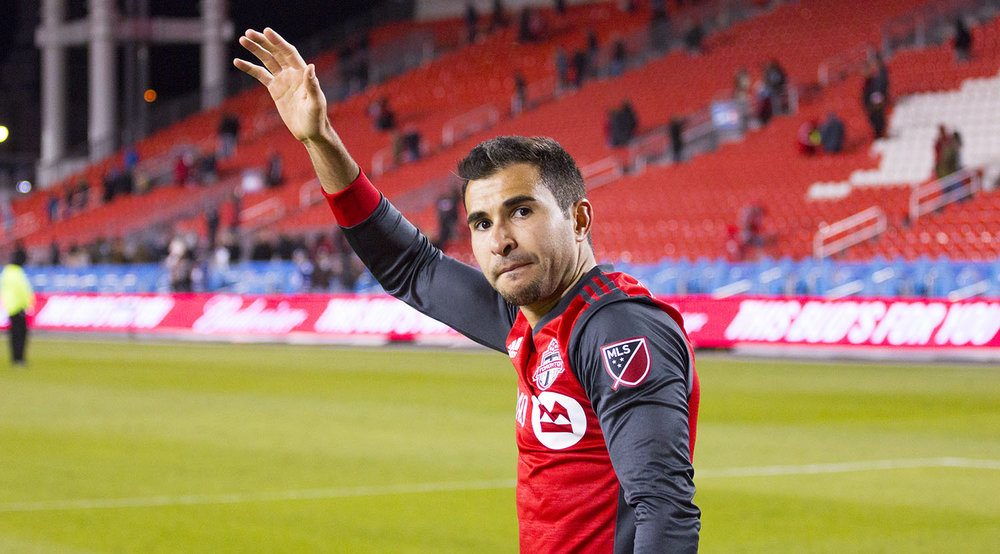 Steven Beitashour waving and thanking the fans for a great night of football at BMO Field. Image by Dennis Marciniak of denMAR Media.