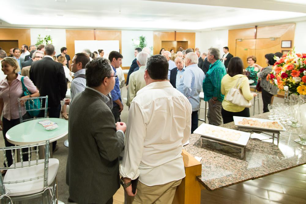 DD20 Anos - Encontro das Centrais de Denúncia - Coquetel de Recepção aos convidados. Auditório do Centro Médico do Barra Shopping
