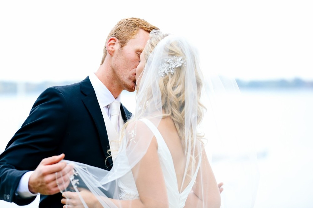 Lake Calhoun Wedding Photographer