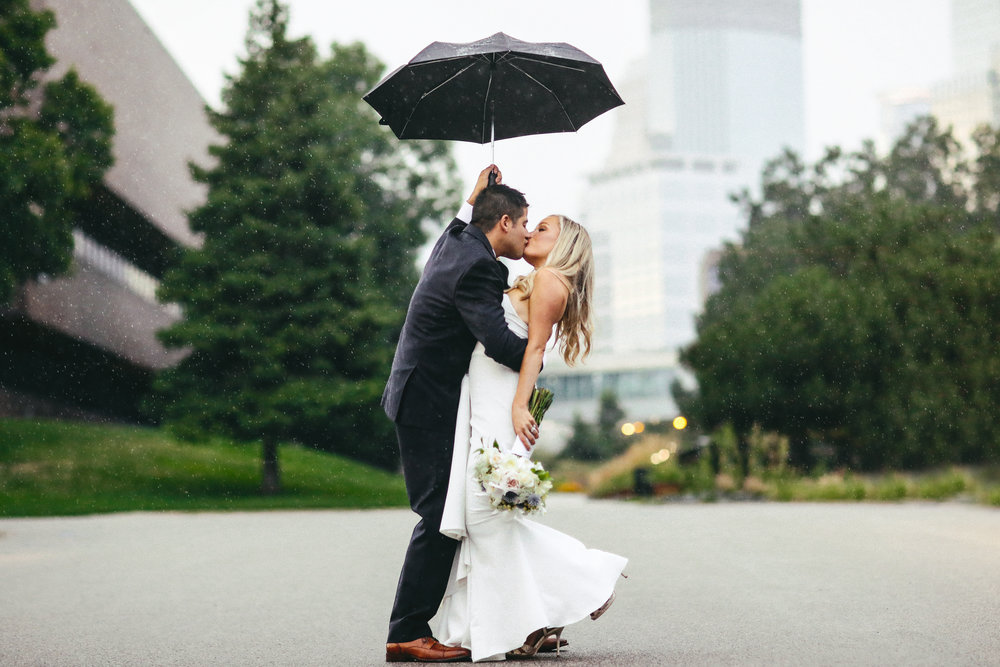 Rainy Downtown Minneapolis Wedding photography