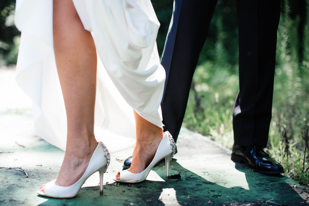 Gorgeous shoes on a Minneapolis bride