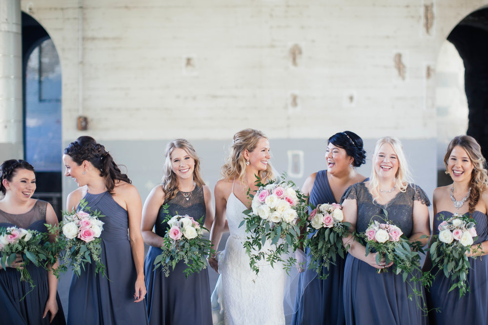 Minneapolis wedding photography adorable bridesmaids photo