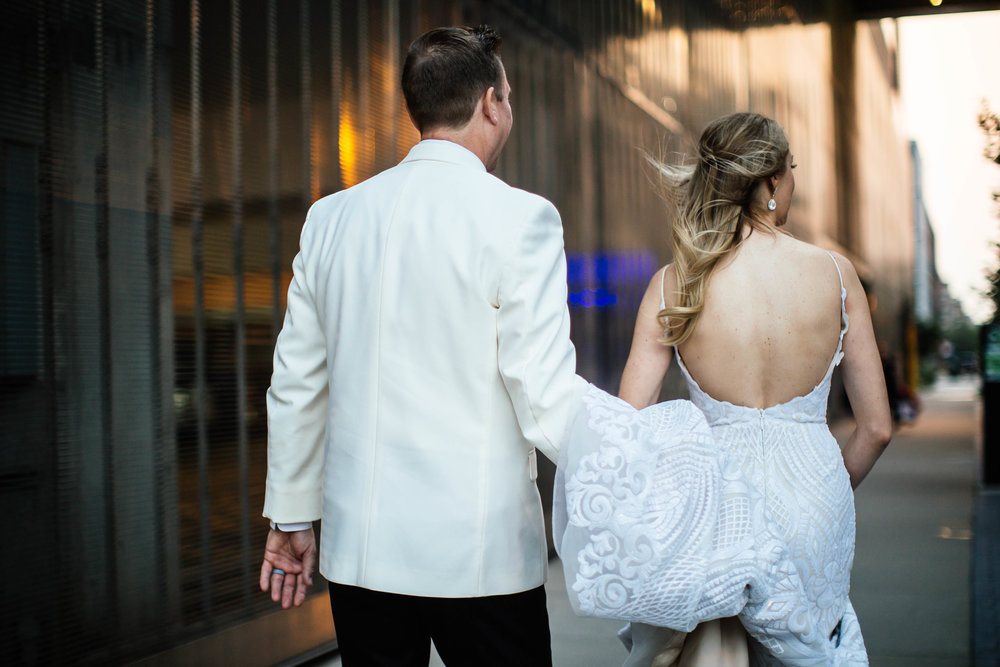 dramatic Guthrie Wedding photography during golden hour