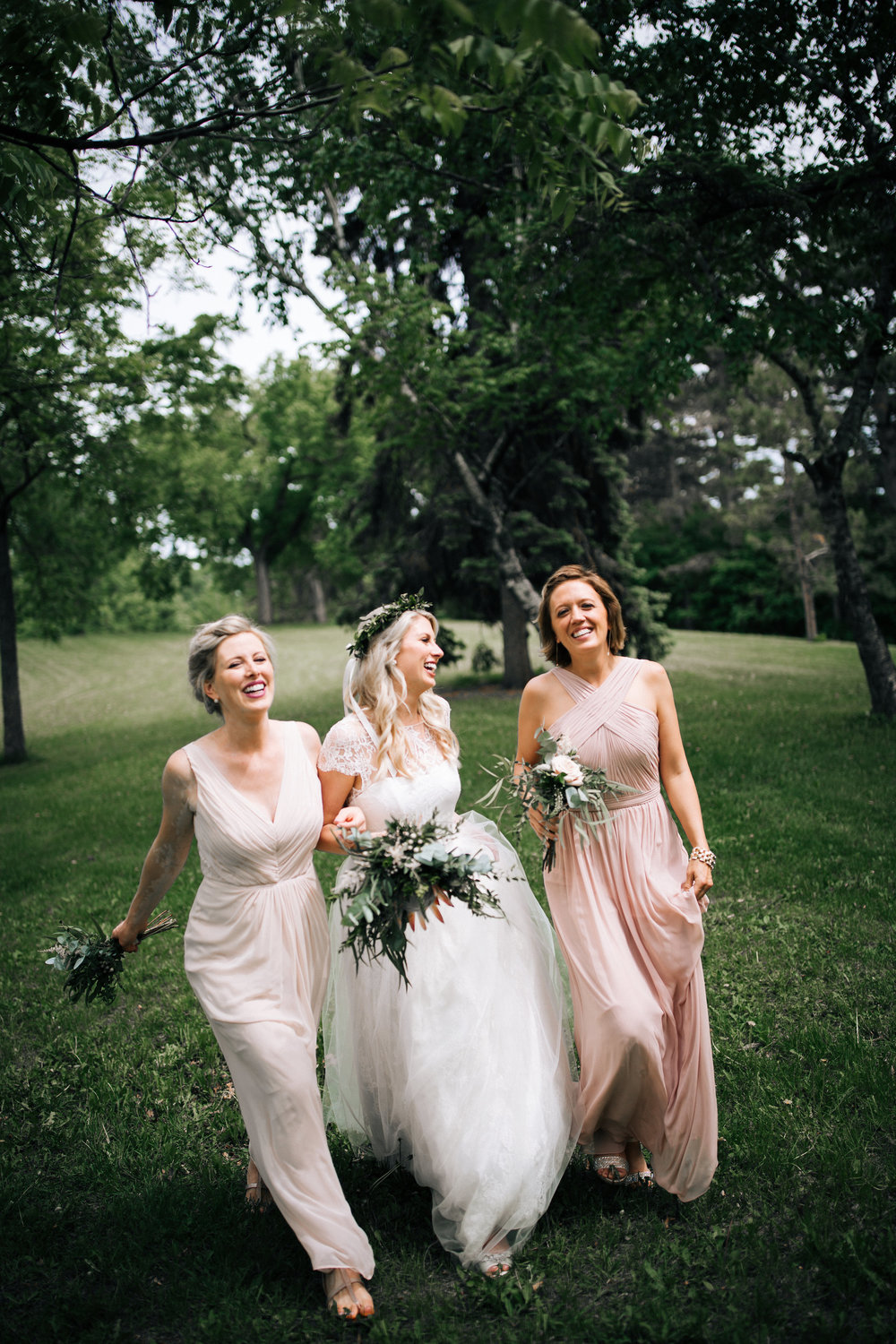 Lake of the Isles Minneapolis Wedding Photographer