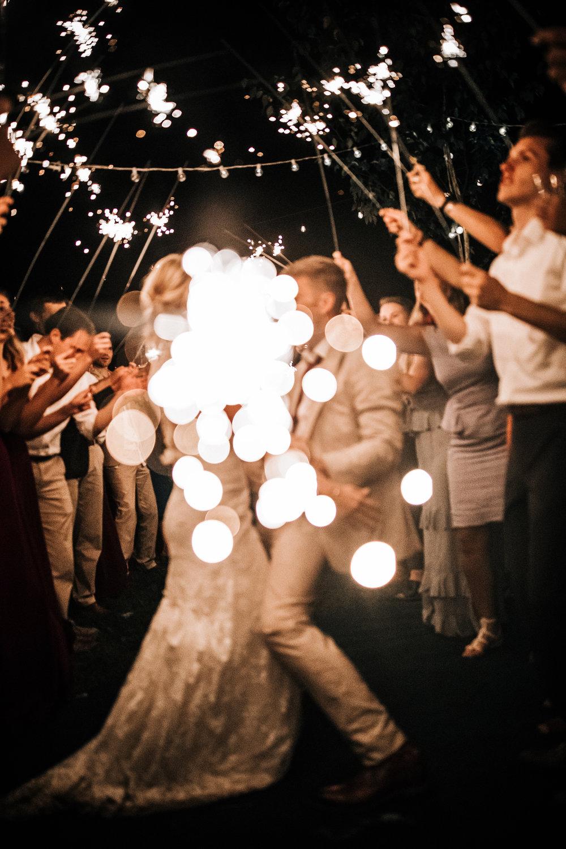 Mark_and_Hattie_Northwoods_Wedding(1148of1172).jpg