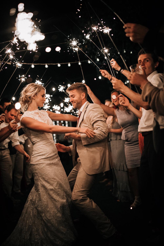 Mark_and_Hattie_Northwoods_Wedding(1149of1172).jpg