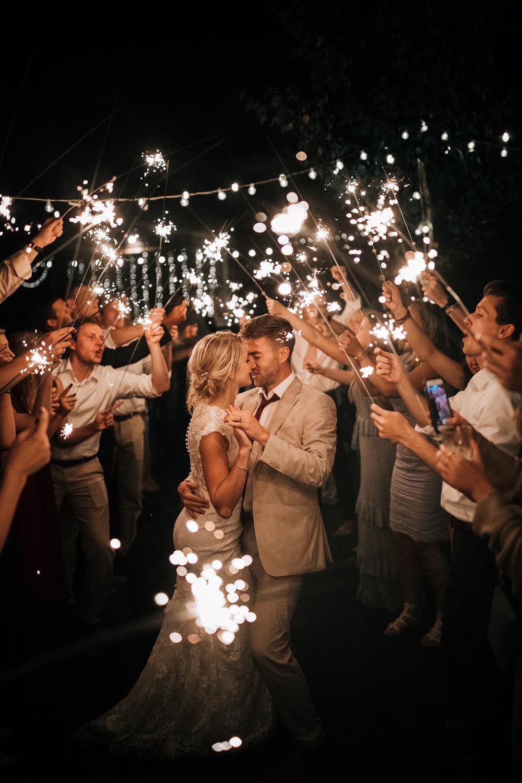 Mark_and_Hattie_Northwoods_Wedding(1156of1172).jpg