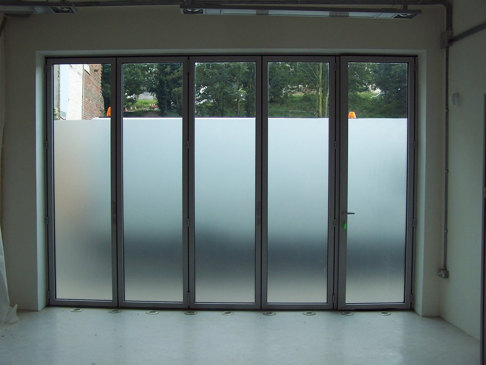 WINDOW TINT RENO, COMMERCIAL, FROSTED GLASS, RESIDENTIAL.jpg