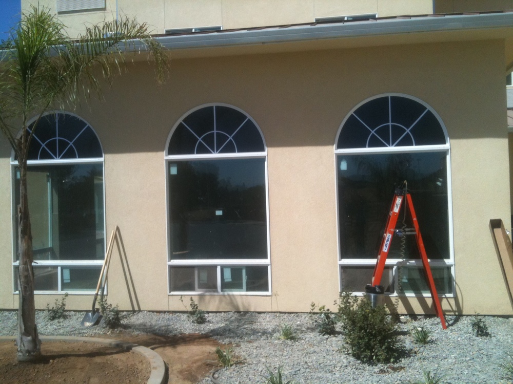 WINDOW TINT RENO RESIDENTIAL HOME COMMERCIAL.JPG