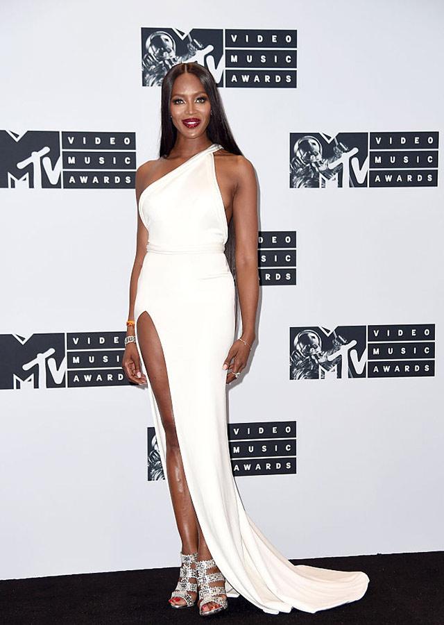 VMA16-Naomi-Campbell-1.jpg