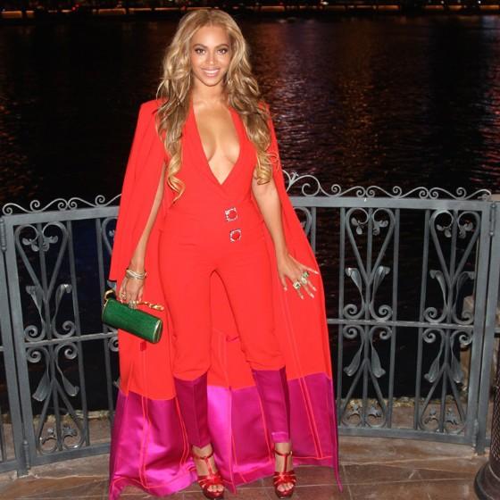 Beyonce-Instagram-Fashion-3-560x560.jpg