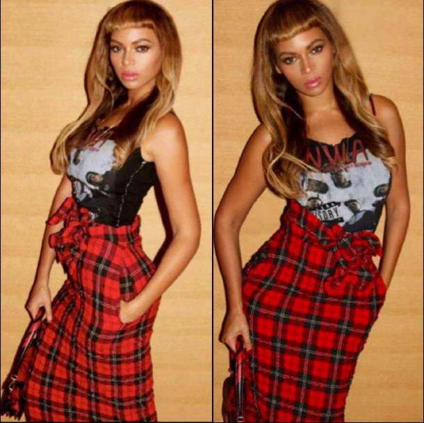 e52lra-l-610x610-plaid+skirt-beyonce+fashion-pencil+skirts-fall+fashion-beyonce+carter-graphic+tank-nwa-bangs-clutch+bag-fall+outfits-instagram-twitter-plaid-grunge.jpg