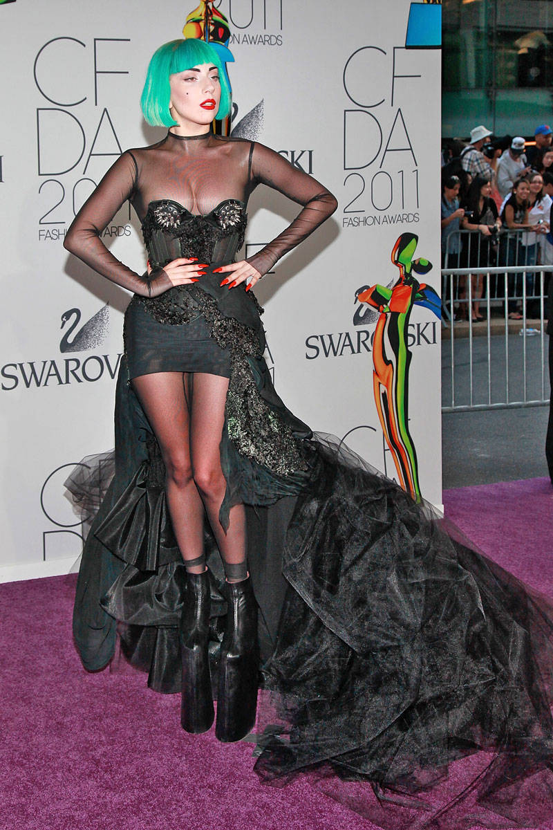 54ab43e705b1d_-_elle-08-birthdays-lady-gaga-xln-xln.jpg