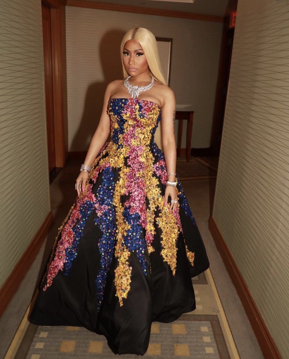 NYFW Nicki is wearing Oscar DE LeRenta