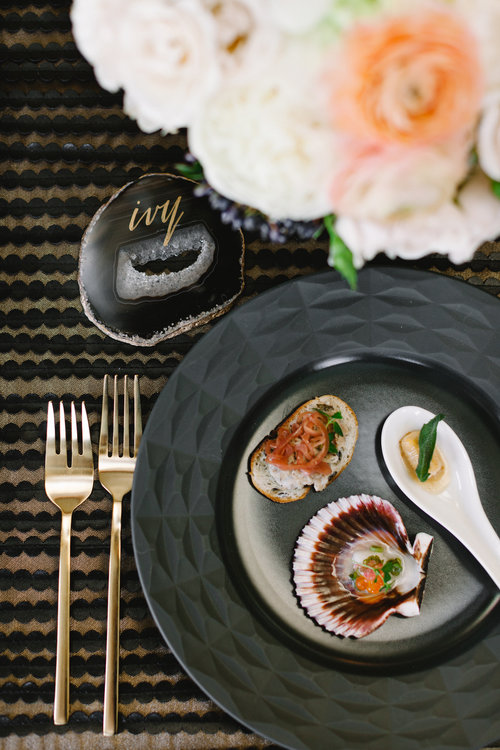 event-dinnerware