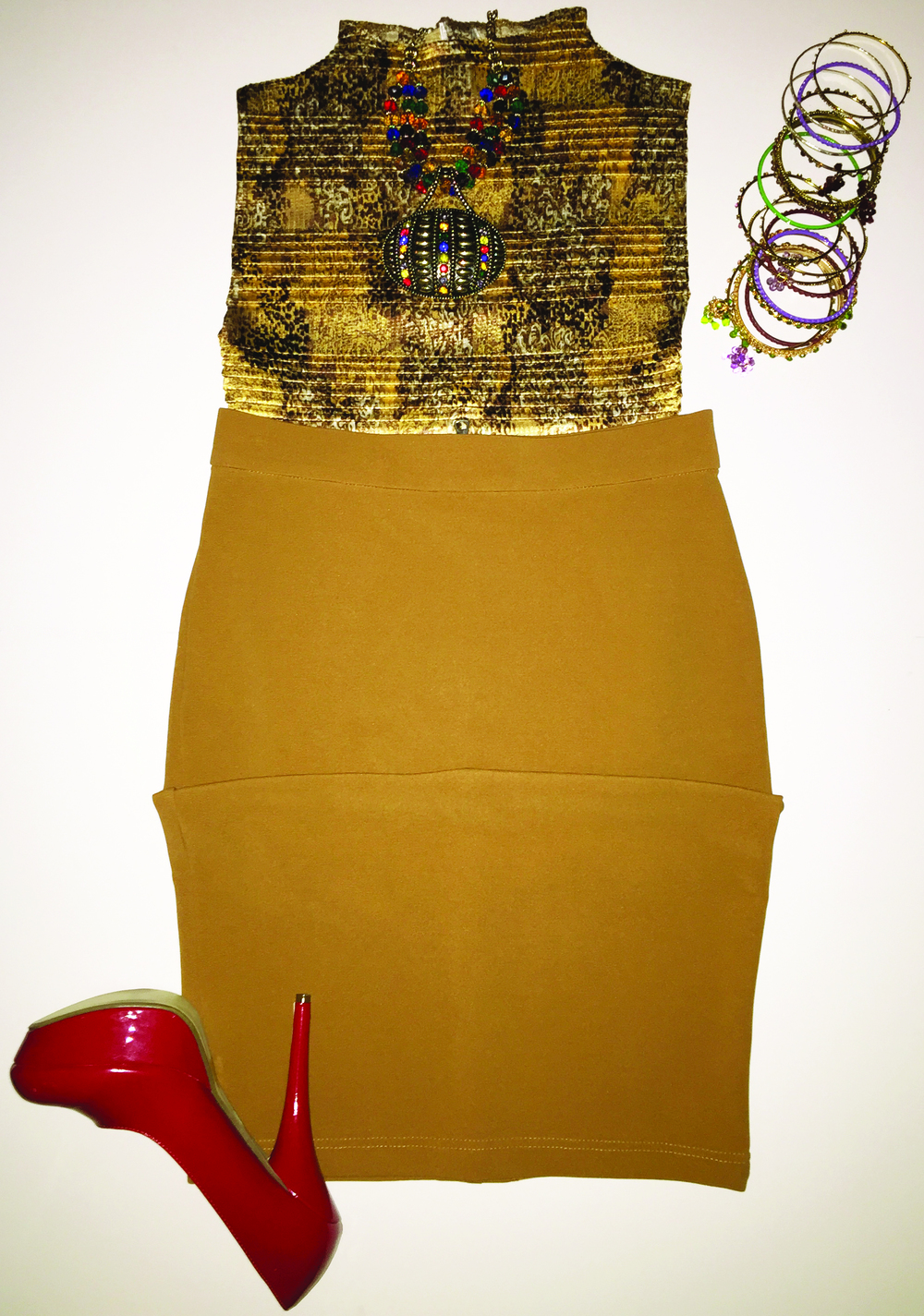 Beautiful accordion stretch turtle neck. Add 20 bracelets and a tight skirt and off you go.
