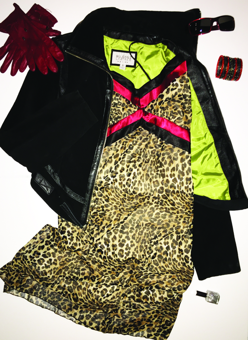 Sass up your style in animal print sexy dresses. Add a suede jacket, soft red leather gloves, then step out, hard!