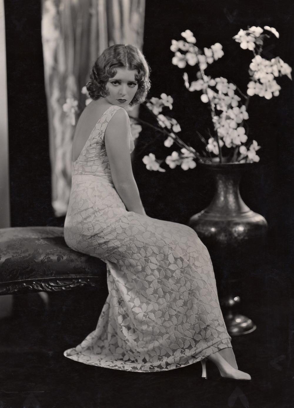 1920 Clara Bow-.jpg