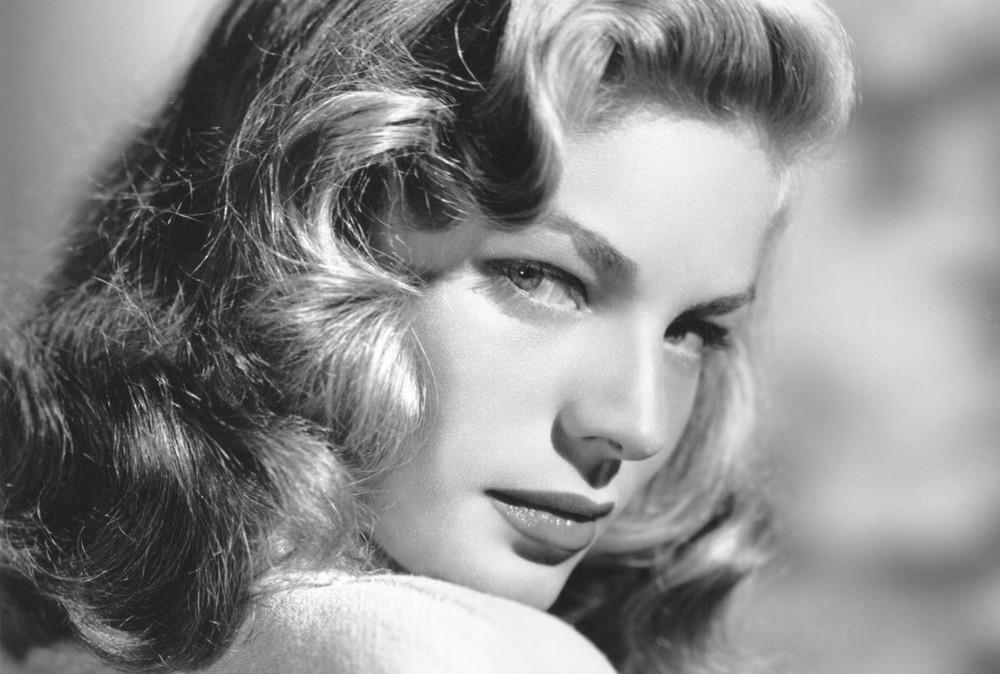 1930 Lauren Bacall-.jpg