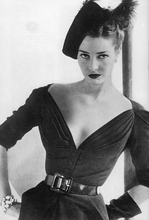 Dior 1947-2.jpg