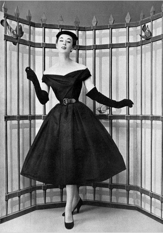 Dior 1954.jpg