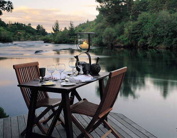 on-the-dock-backyard-dinn-for-two.jpg