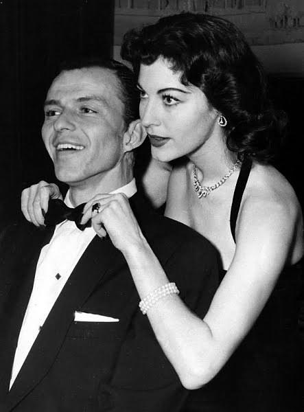 Frank-Sinatra-and-Ava-Gardner-frank-sinatra-17653808-443-600.jpg