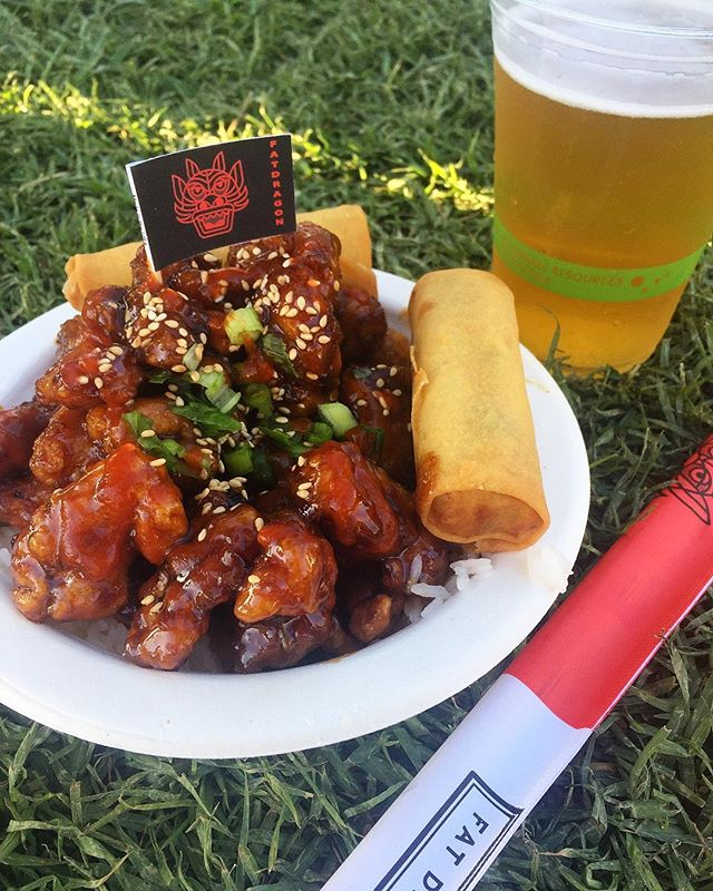 All about that orange chicken (and...@alanis, @garyclarkjr, @officialviolentfemmes and everyone else at @arroyosecowknd) 🙌🏽 #hungrygrls